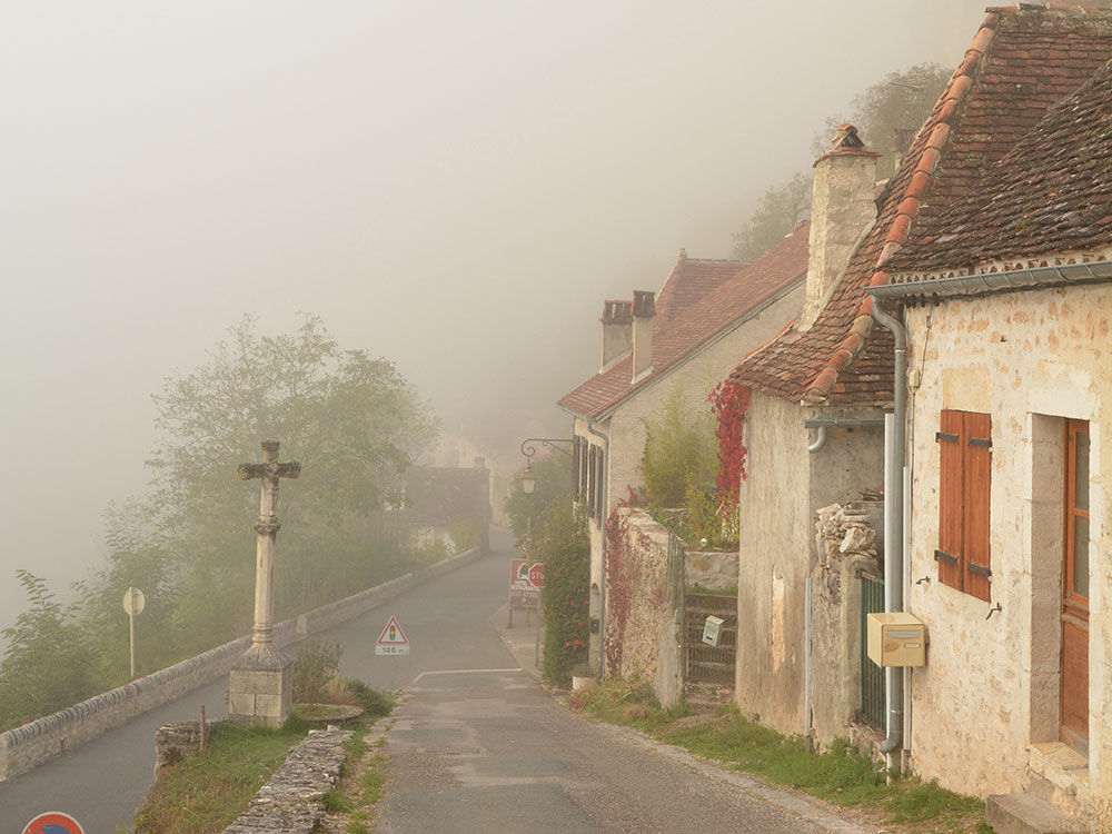 霧の中のロカマドゥール