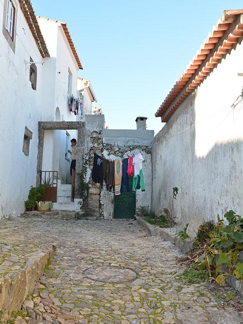 マルヴァオンの村の路地歩き