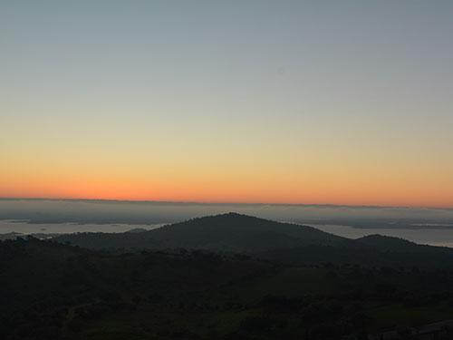 モンサラーシュで見た朝陽