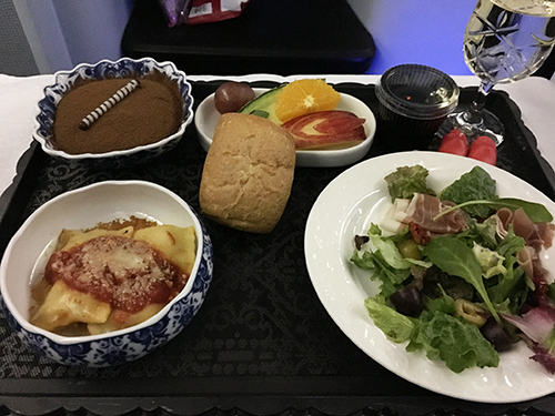 KLMオランダ航空ビジネスクラス朝食