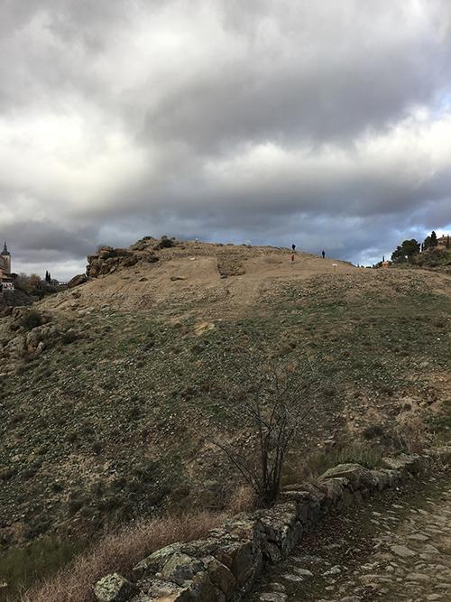 トレドの全景が見える丘