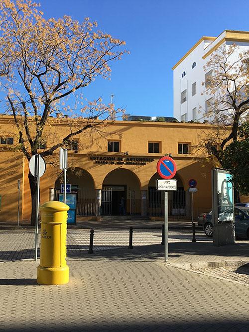 Sevilliaのロンダ行きバスターミナル