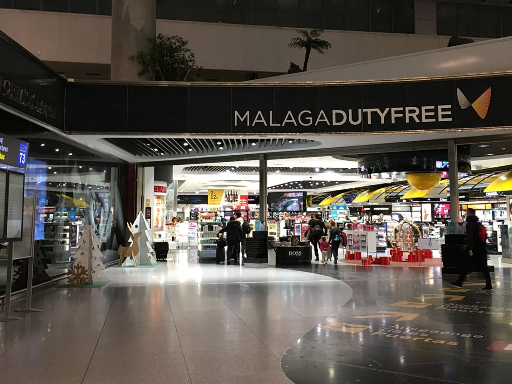マラガ国際空港