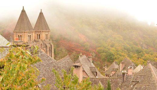 「美女と野獣」のモデルにもなったフランスの美しい村コンク(Conques)への行き方
