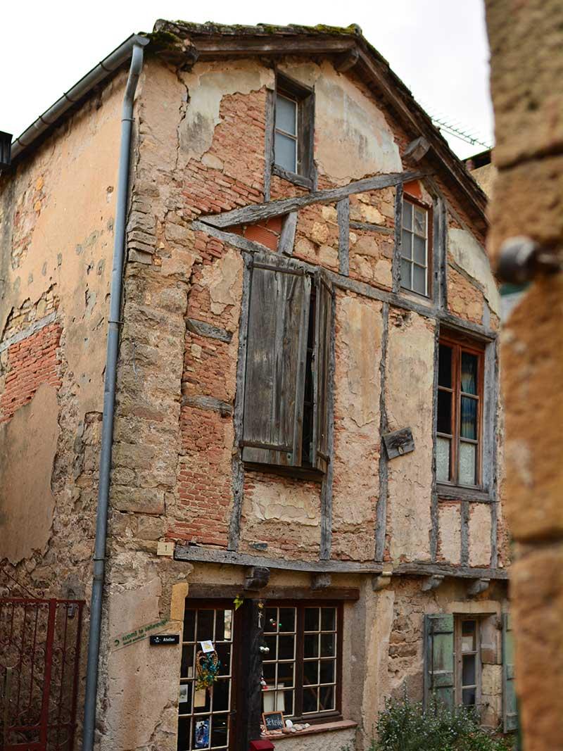 フランスで美しい村コルド・シュル・シエル