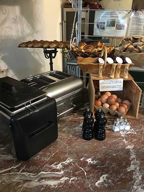 Hotel – Spa Le Saint Cirqの朝食