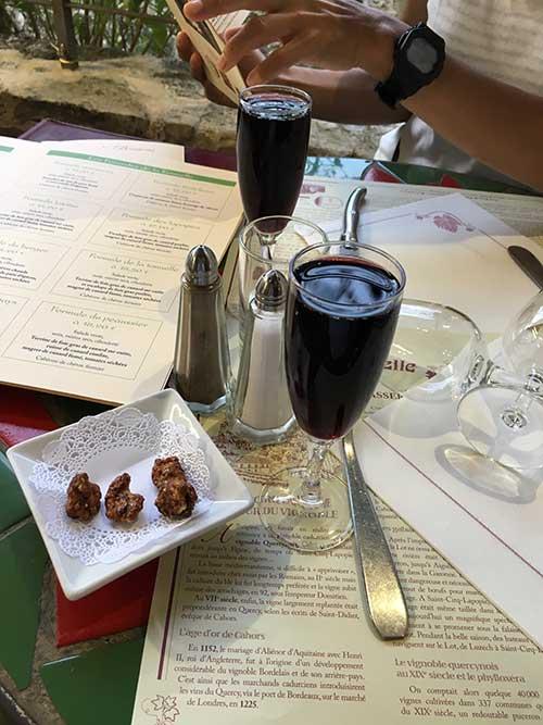 サン・シル・ラポピーのレストラン