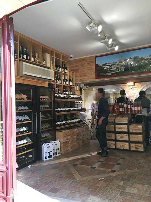 サンテミリオンのワインショップ