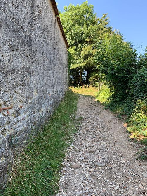 ペルージュへ行く山道コース
