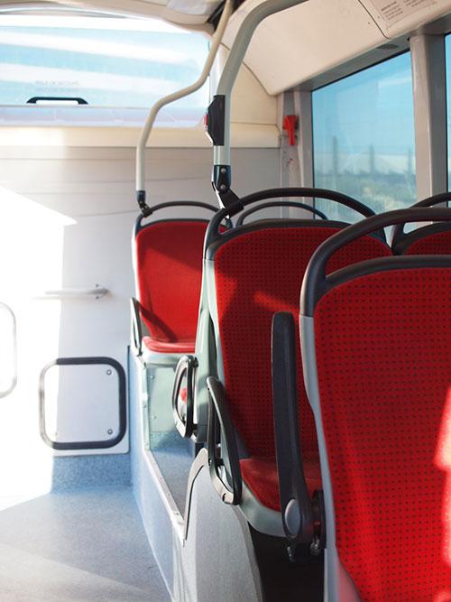 サン・テグジュベリ空港内シャトルバス