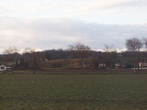 リヨンからペルージュへ向かう車窓