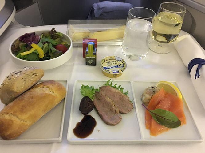 エールフランス航空羽田発ビジネスクラス2018.8月