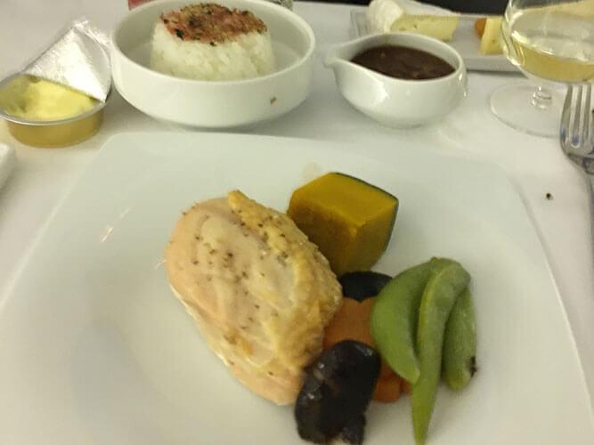 エールフランスビジネスクラスメインの鶏肉