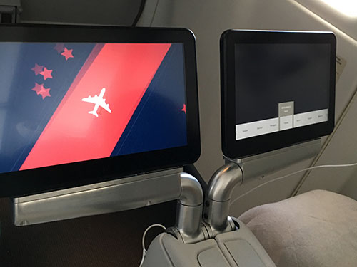 エールフランス航空プレミアムエコノミーモニター