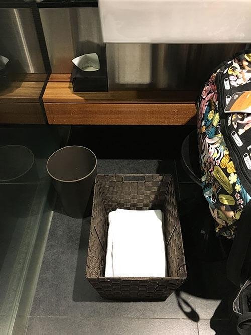 羽田空港JALサクララウンジスカイビューのシャワールーム