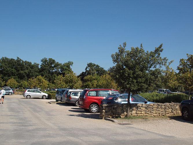 ポンデュガール駐車場