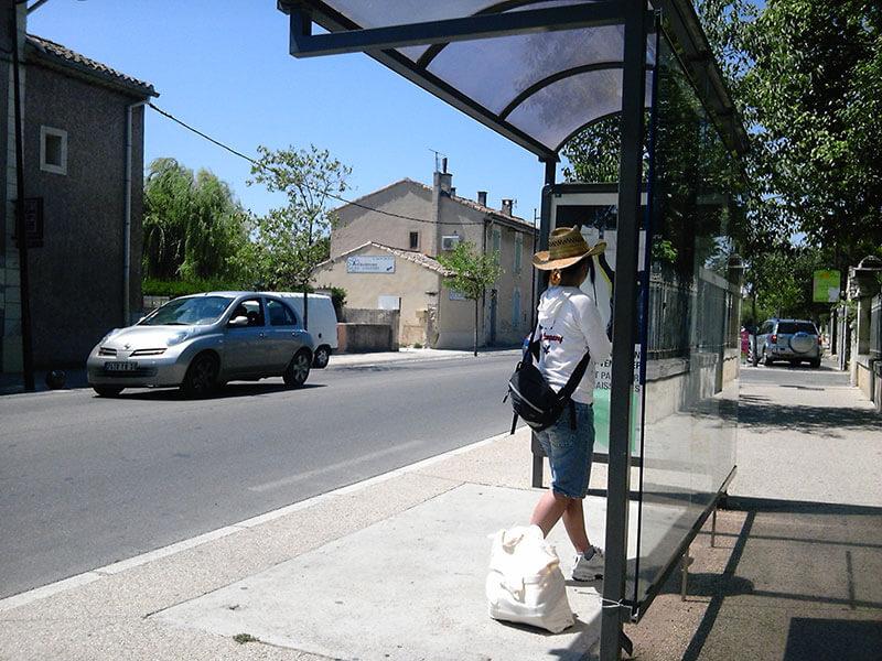 リル・シュル・ラ・ソルグのバス停