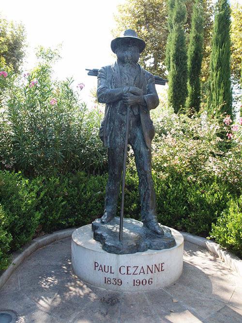 エクスにあるポール・セザンヌの銅像
