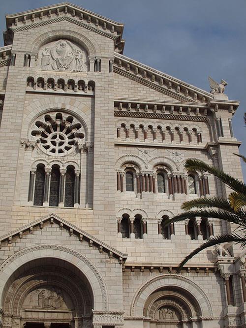 グレース・ケリーが挙式をした聖ニコラス大聖堂