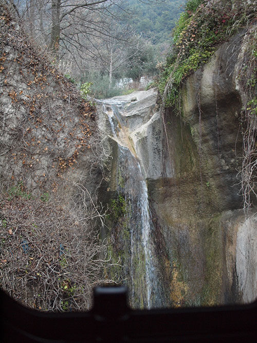 Gourdonへ行く途中の山道