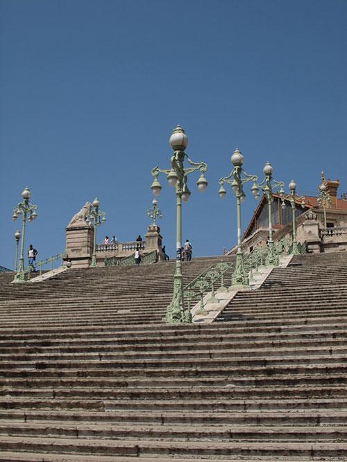 マルセイユ駅の大階段