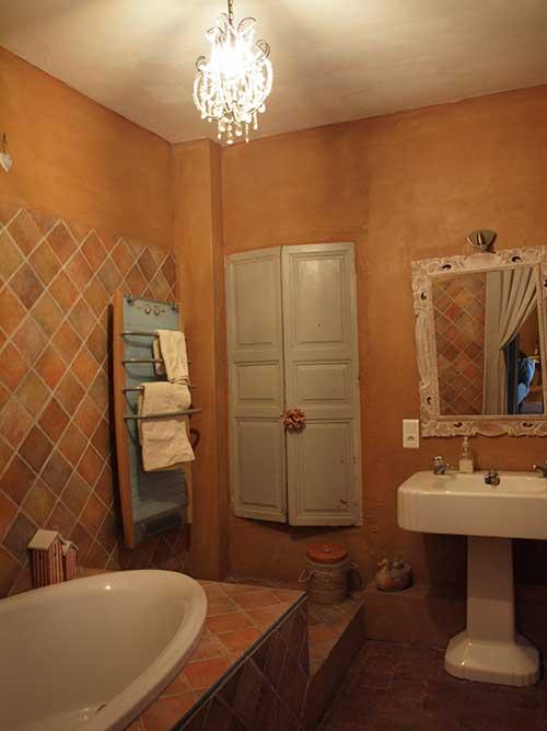 南仏プロヴァンススタイルのバスルーム