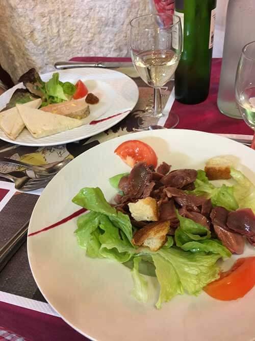 アルビのレストランで夕食(前菜)