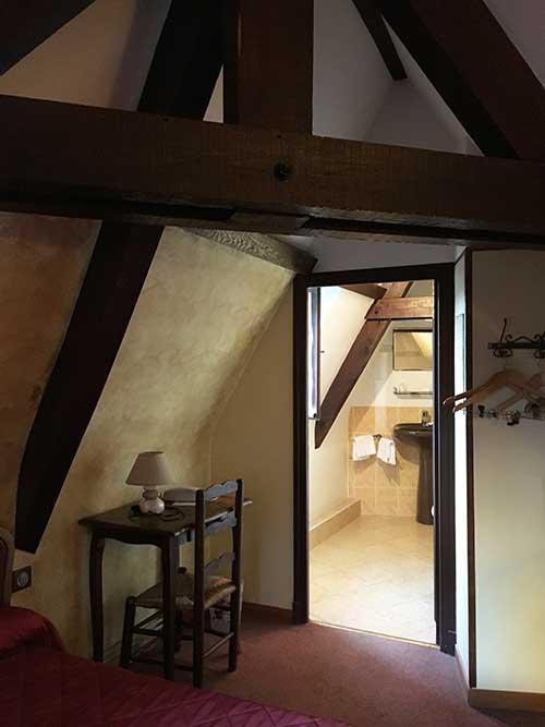 Auberge Saint JACQUES屋根裏部屋