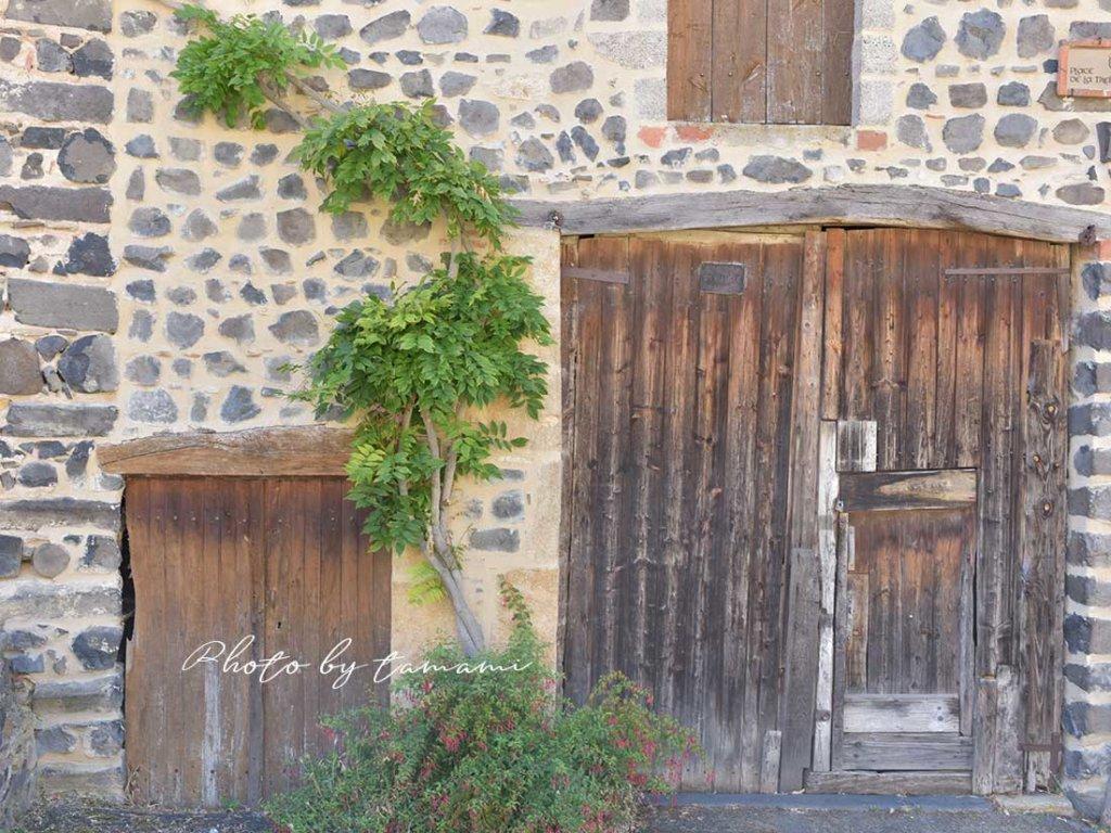 美しい村ユッソンの家