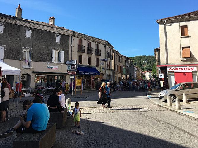 Lempdes=sur=Allagnonの蚤の市