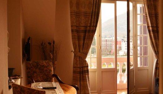 ルルドのサンクチュアリを一望できるシャンブルドット【Villa L'Orante】は朝食も部屋も豪華でおすすめ!