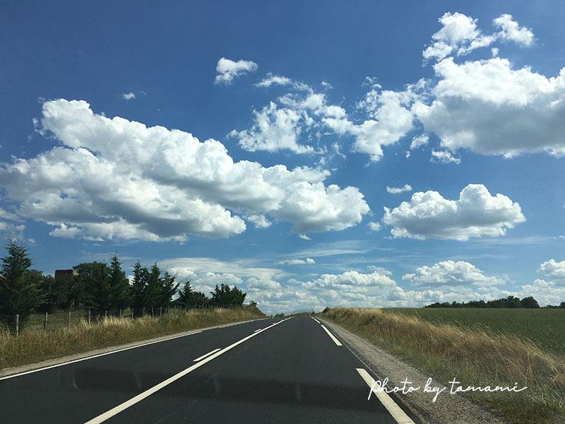 ブレルからラヴォンデュへ向かう道