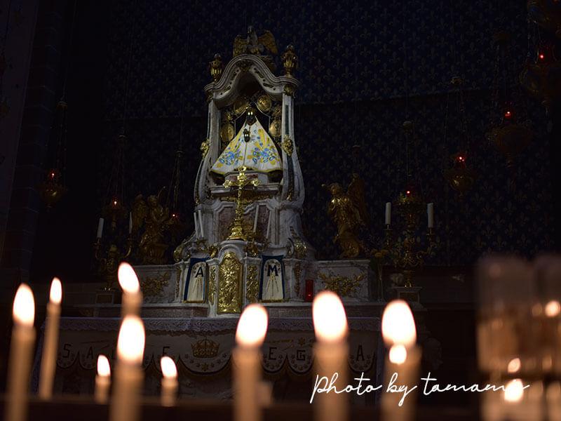 黒い聖母マリア像