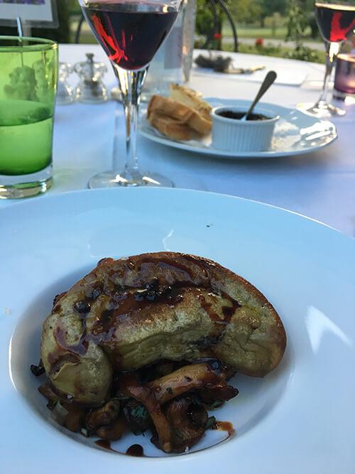 オーベルジュ La Métairieでの食事【フォアグラのせ】