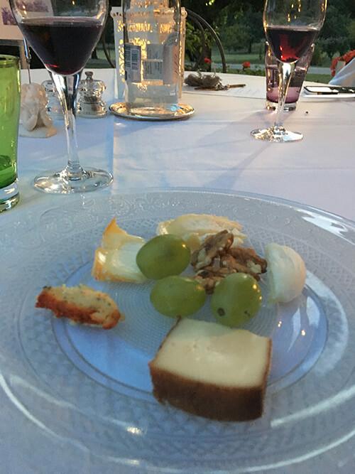 オーベルジュ La Métairieでの食事【チーズ盛り合わせ】