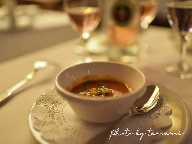 ポール・ボギューズ Le Nordでサービスのスープ