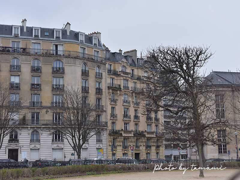 50mmレンズでパリの風景