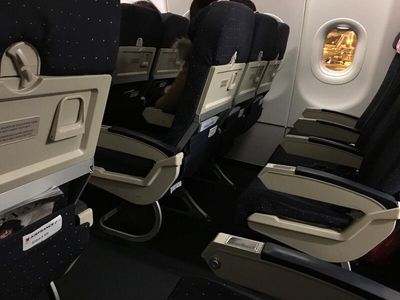 海外旅行の機内