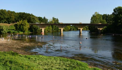フランス南西部アキテーヌ地方の美しい村 リムイユ(Limeuil)は村歩きよりも涼しげだったドルドーニュ川の風景が印象的だった