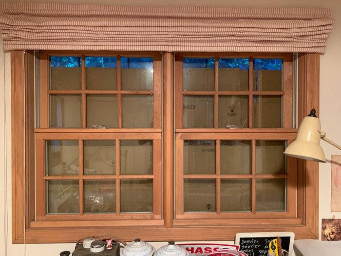 台風時に備えて窓の補強