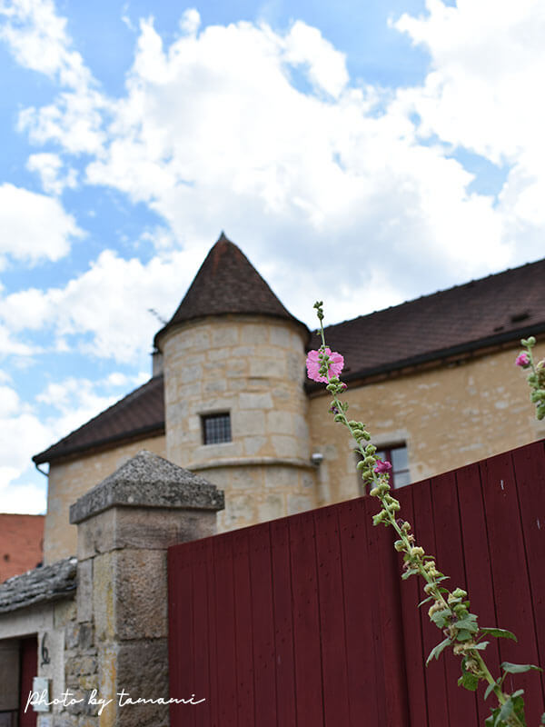 フランスの美しい村 Flavigny-sur-ozerain(フラヴィニー・シュル・オズラン)