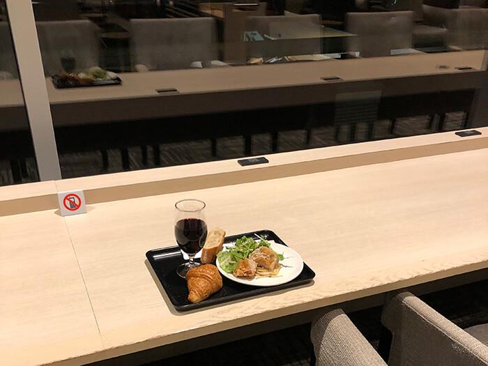 羽田空港国際線ターミナルサクララウンジ