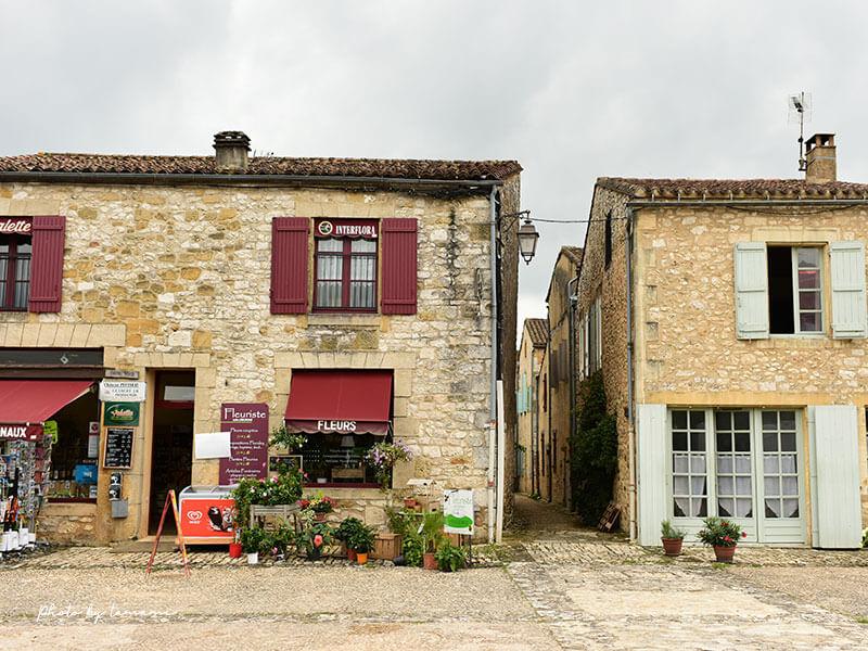 フランス南西部の美しい村