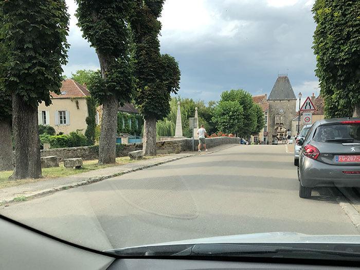 ノワイエ・シュル・スラン(Noyers-sur-Serein)