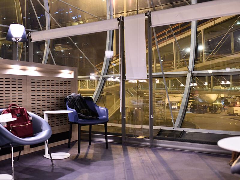 シャルル・ド・ゴール空港のターミナル2Fラウンジ