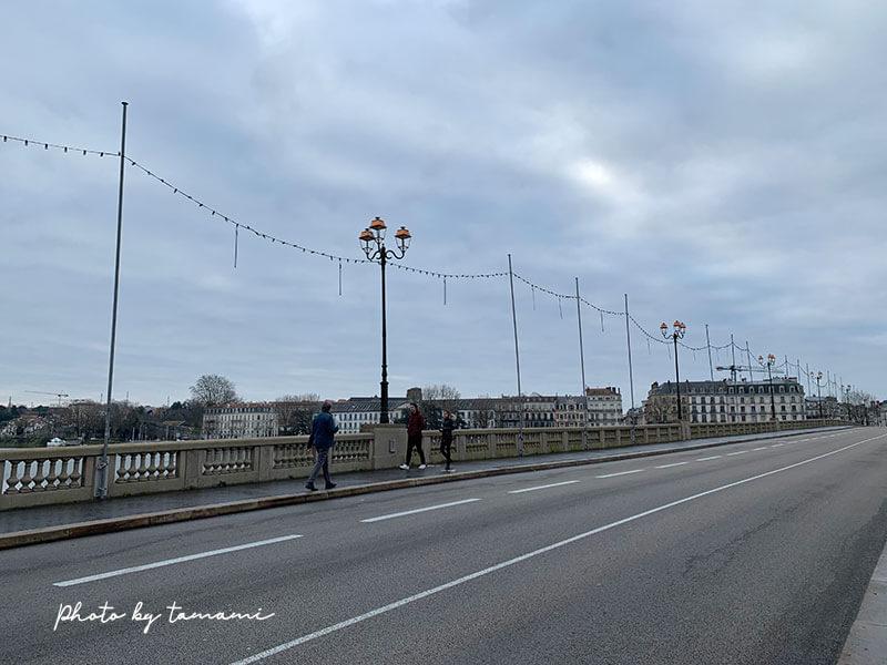 バイヨンヌ駅からサンジャンドリュズ駅へ移動