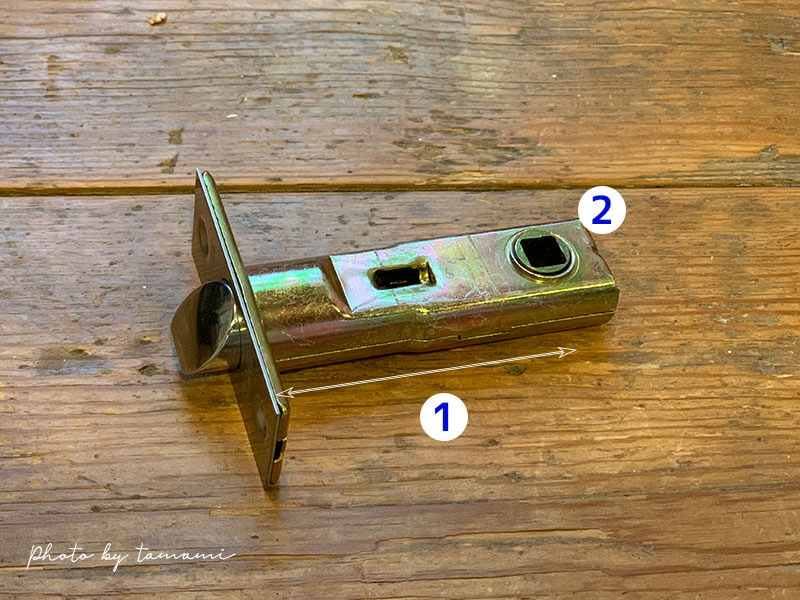 アンティークドアノブに取り替える方法と手順