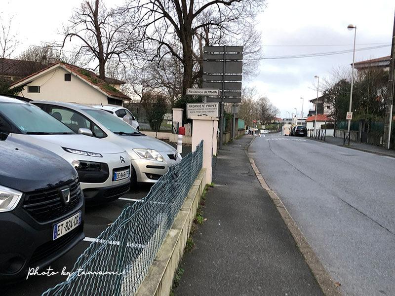 フランスバスク地方アングレットのブロカント市(蚤の市)
