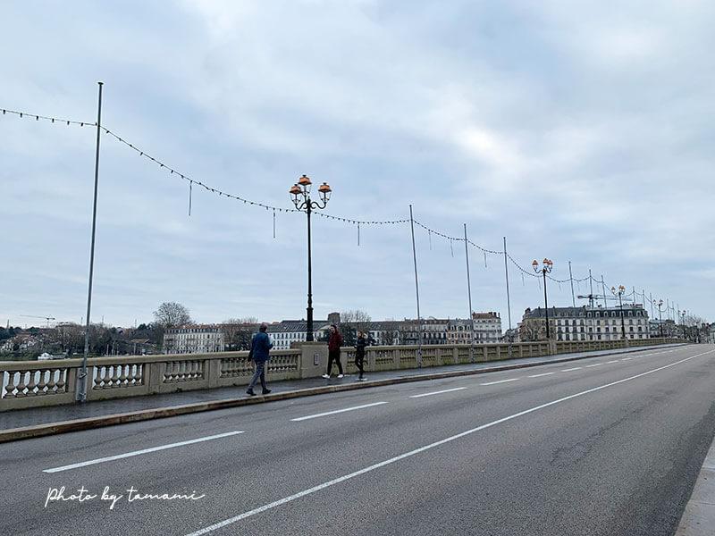 バイヨンヌの街並み