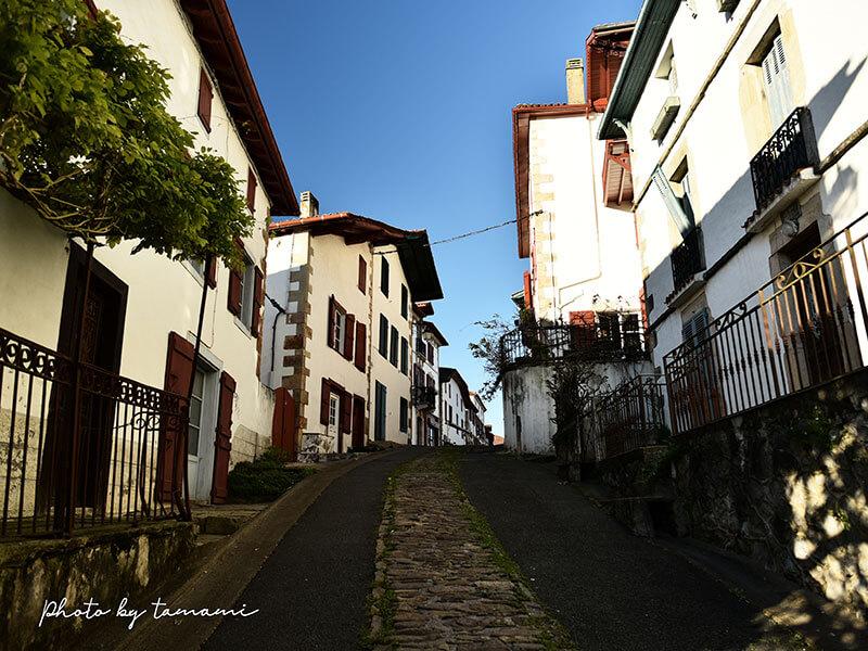 バスク地方の美しい村サール